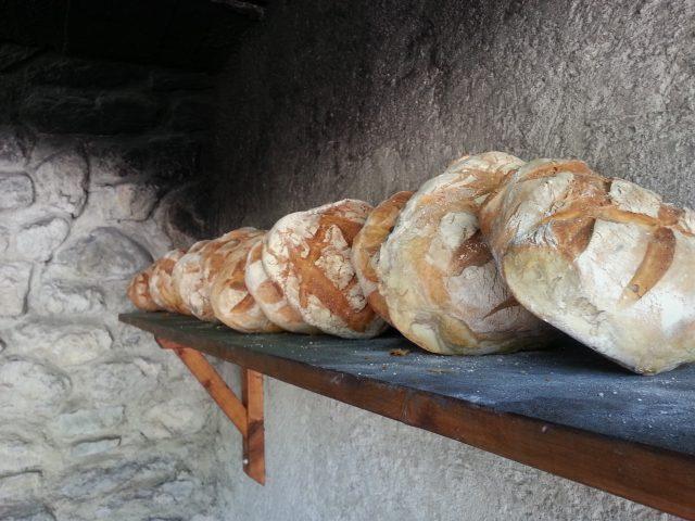 Des pains justes sortis