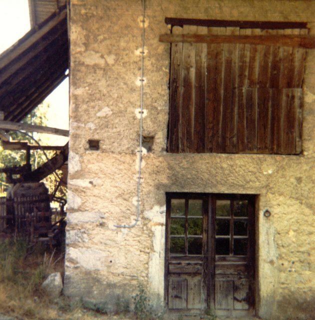 La porte de la forge